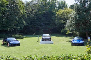 181130-car-The-Art-of-Ferrari-Tailor-Made-in-Japan