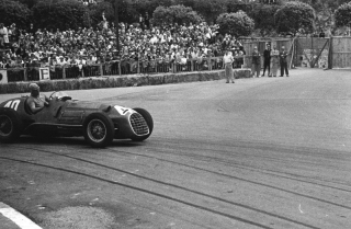 Formula 1 World Championship 1950 - Round 2 - Grand Prix of Monaco - Alberto Ascari in Gasometer curve - Ferrari 125 F1 / Image: Copyright Ferrari